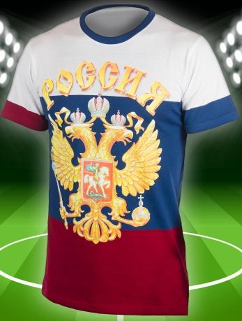 Футболка с символикой России.