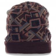 Щегольская тусовочная мужская шапка со стильным геометрическим узором