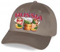 Серая кепка с веселым принтом «Russia» «Матрешки парятся в бане». Русский сувенир с юмором. Только в Военпро по минимальной цене