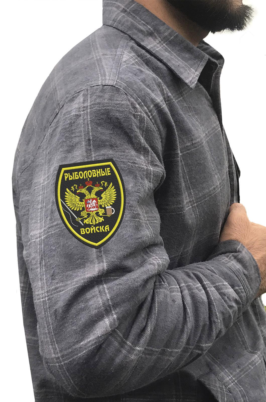 Серая рубашка с вышитым шевроном Рыболовные Войска - купить онлайн
