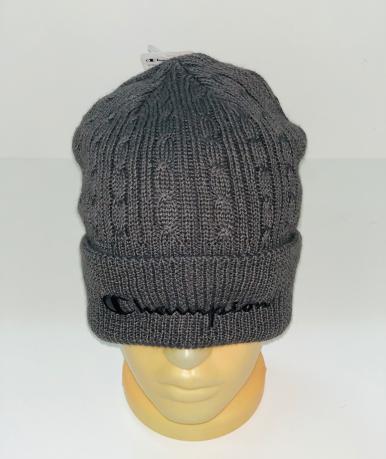 Серая шапка с черной вышитой надписью