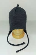 Серая трикотажная шапка со шнурками