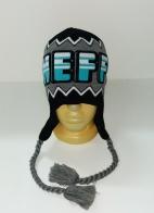 Серо-черная шапка с крупной надписью
