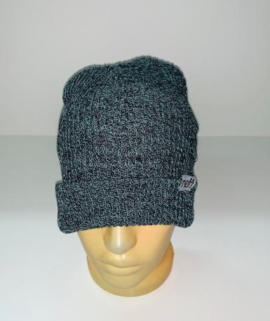 Серо-голубая модная шапка