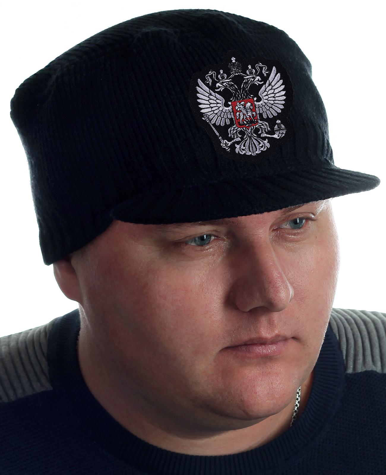Купить теплую кепку с гербом России