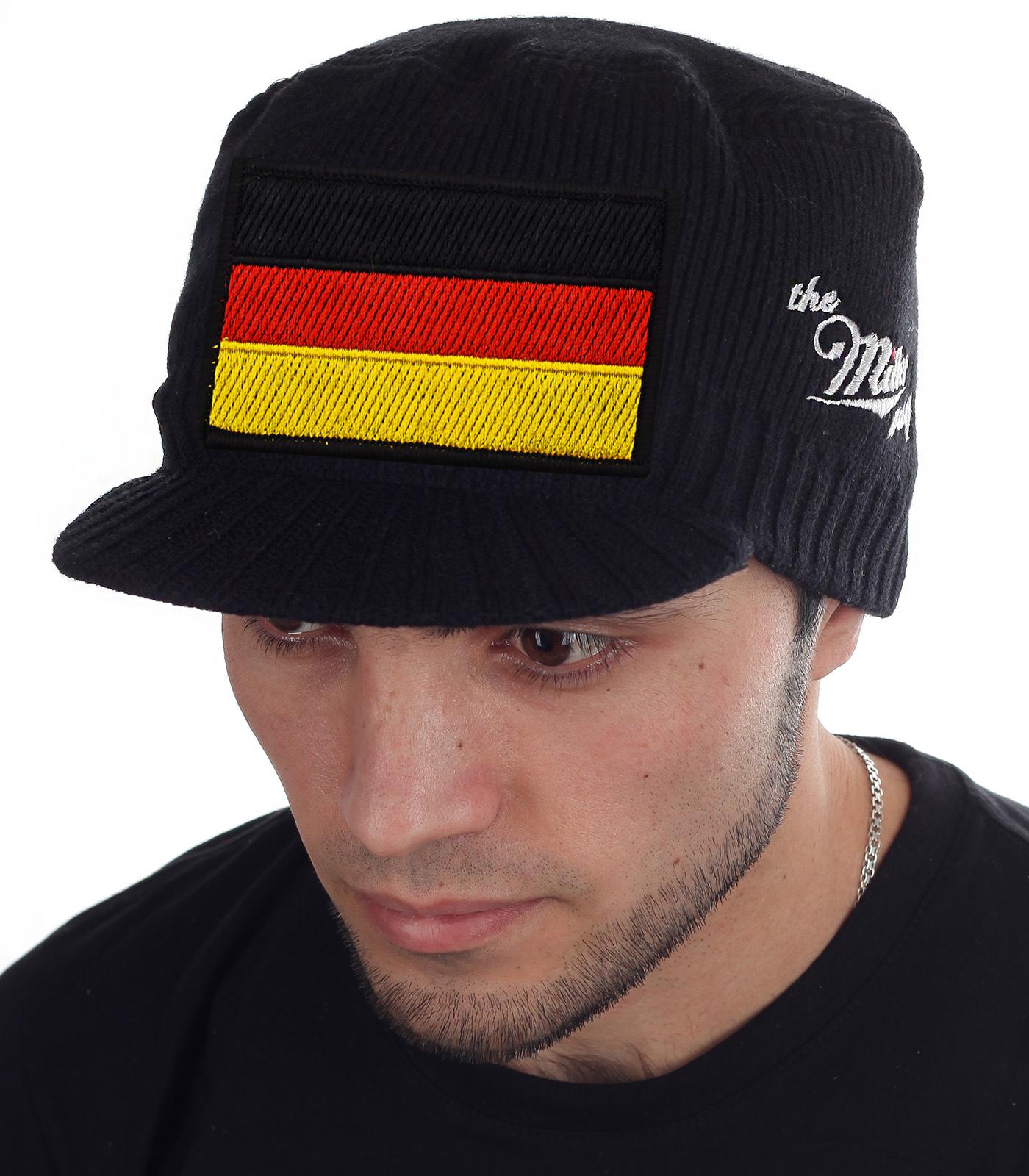 Теплая мужская шапка-кепка с плотным вязаным основанием и коротким козырьком. Ограниченная серия головных уборов в стиле Miller Way. Минималистичный гранж дизайн с флагом Германии и фирменным лого