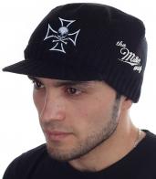 НОВИНКА! Мужская шапка Miller Way с оригинальной нашивкой – Адамова голова на фоне Креста тамплиеров. Черный цвет кепки гармонирует с любой одеждой – носи, с чем хочешь!