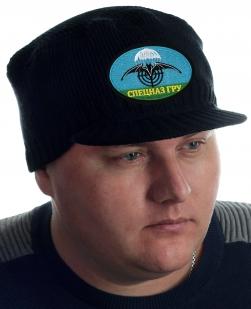 Трикотажная мужская шапка Miller Way с нашивкой Спецназ ГРУ. Фирменное качество, удобная посадка, приятная цена. Мода меняется, но стиль – НИКОГДА!