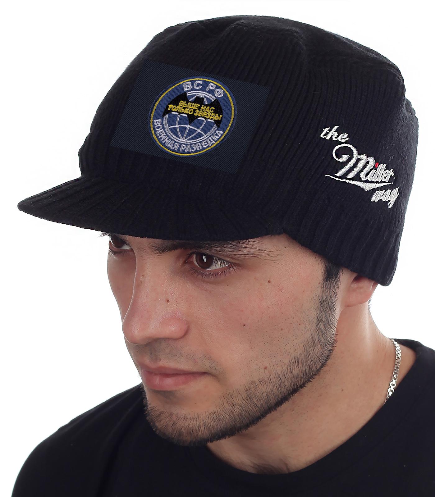 Мужская шапка Miller Way с козырьком. Коллекция ВС РФ – Военная разведка «Выше нас только звезды». Теплая осенне-зимняя кепка гармонирует с любым гардеробом. Отличный подарок разведчику