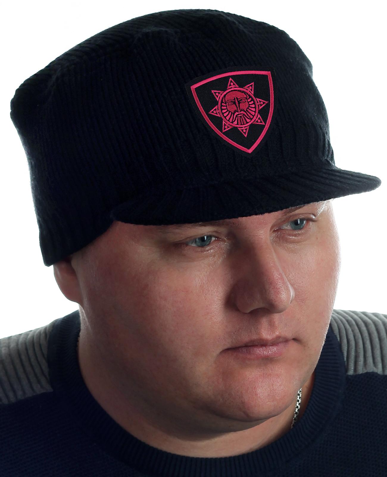 Продажа мужских вязаных кепок в Москве. Фирменное качество!