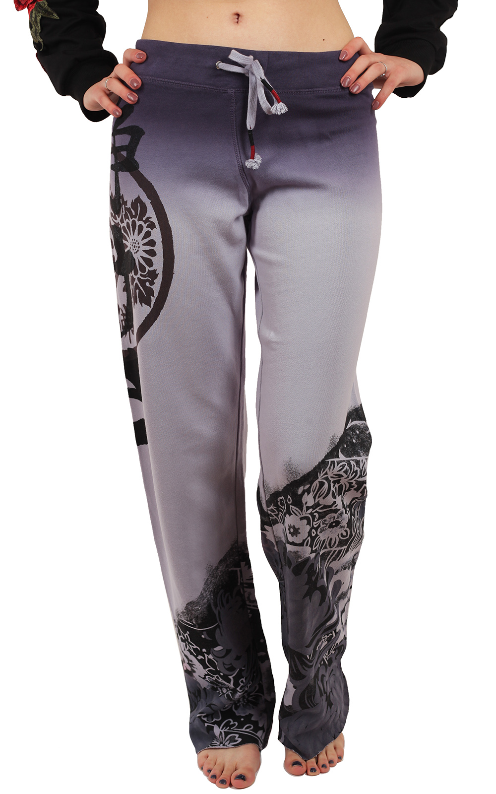 Широкие женские штаны Paparazzi – спортивный ГЛАМУР для изящных москвичек