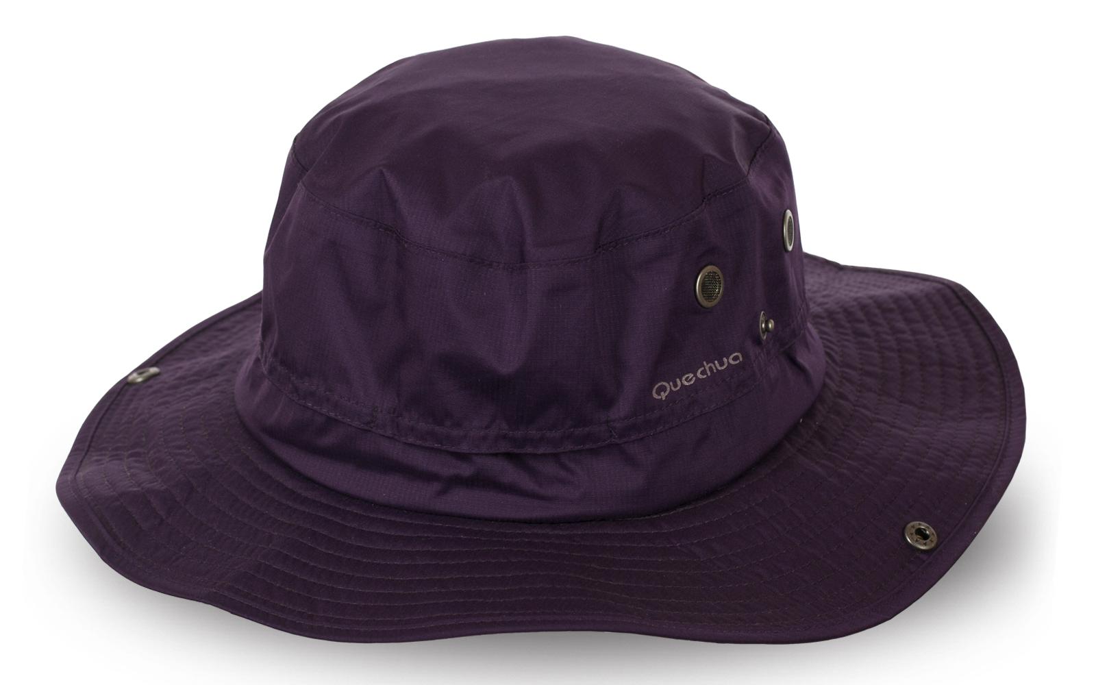 Шляпа для походов от бренда Quechua