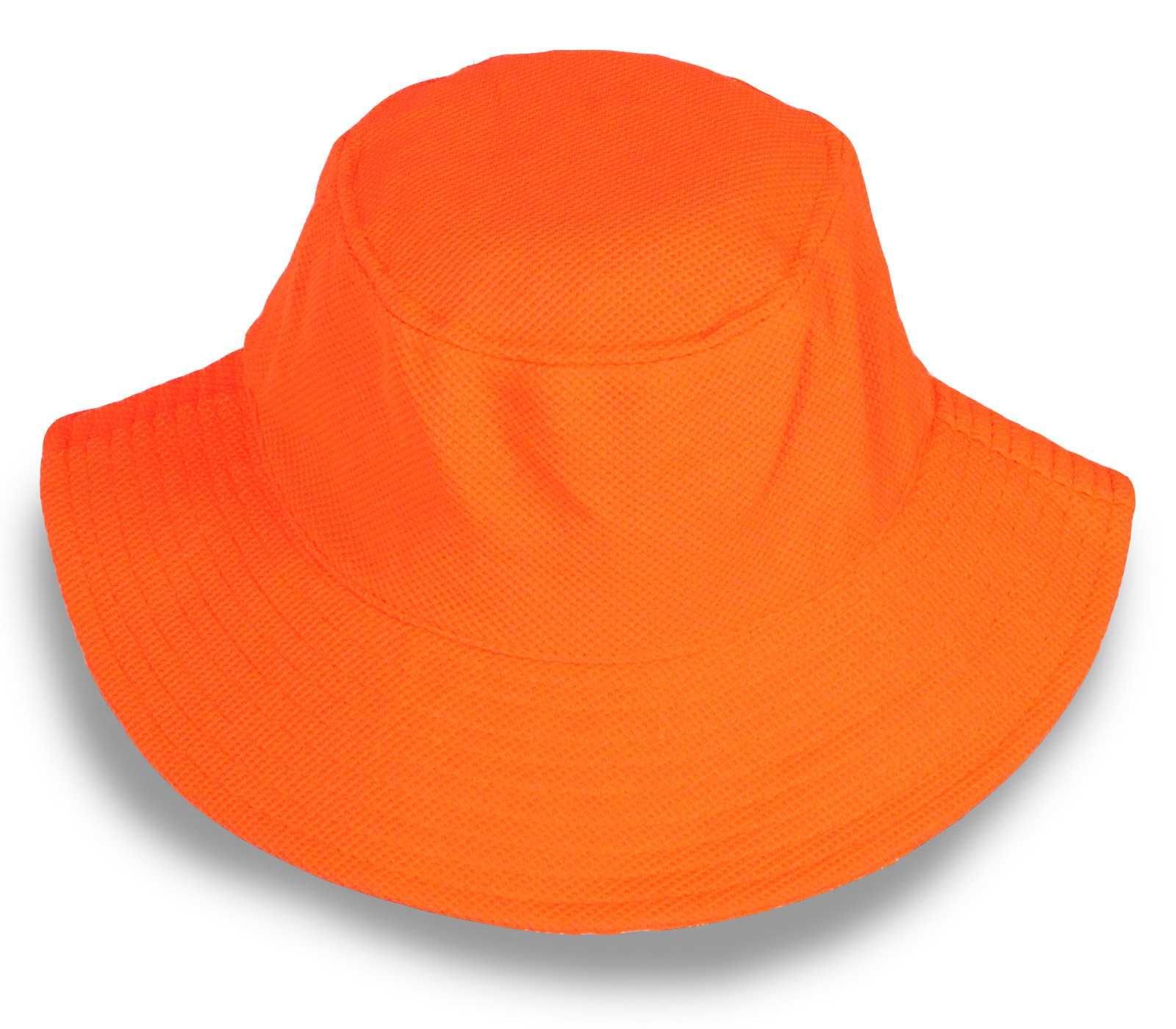 Шляпа для солнечного летнего дня