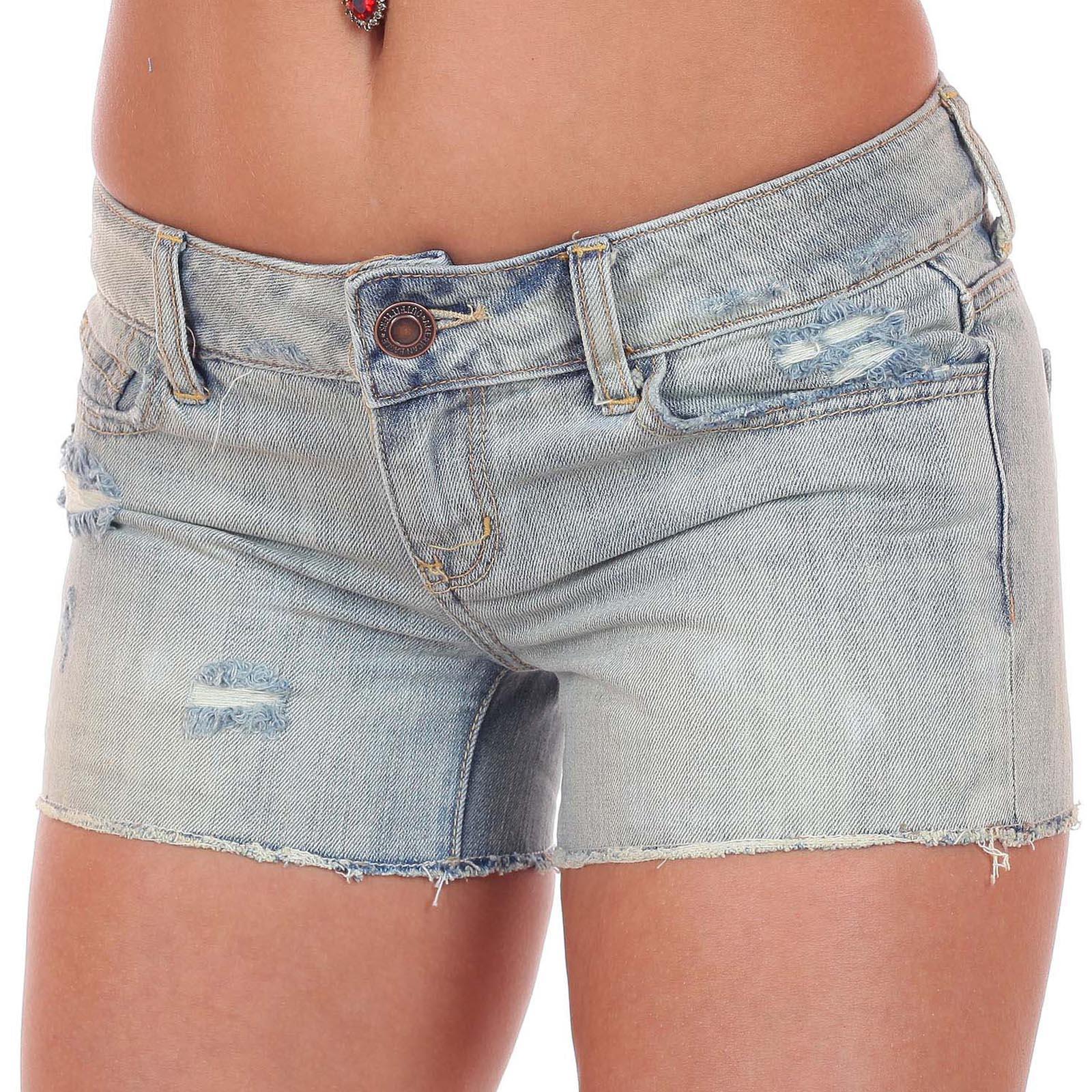 Шортики American Eagle - обрезанные затёртые джинсы из крутого материала за 45 $ в магазинах Америки по низкой цене