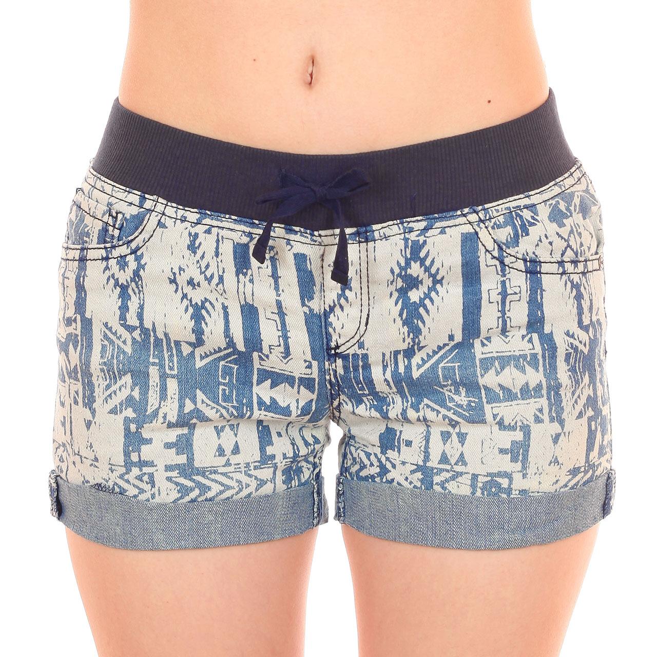 Короткие женские шорты из коллекции 2017