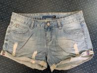 Шорты джинсовые женские SEMIR