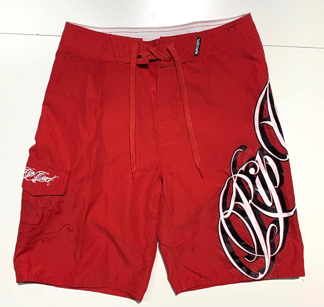 Шорты мужские от бренда RIP CURL красного цвета