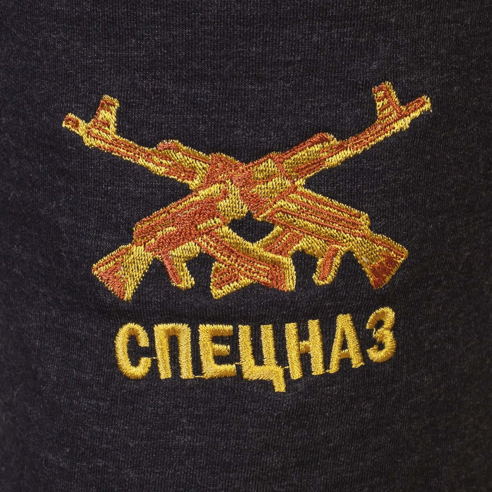 Спецназовские мужские шорты с мощной эмблемой.