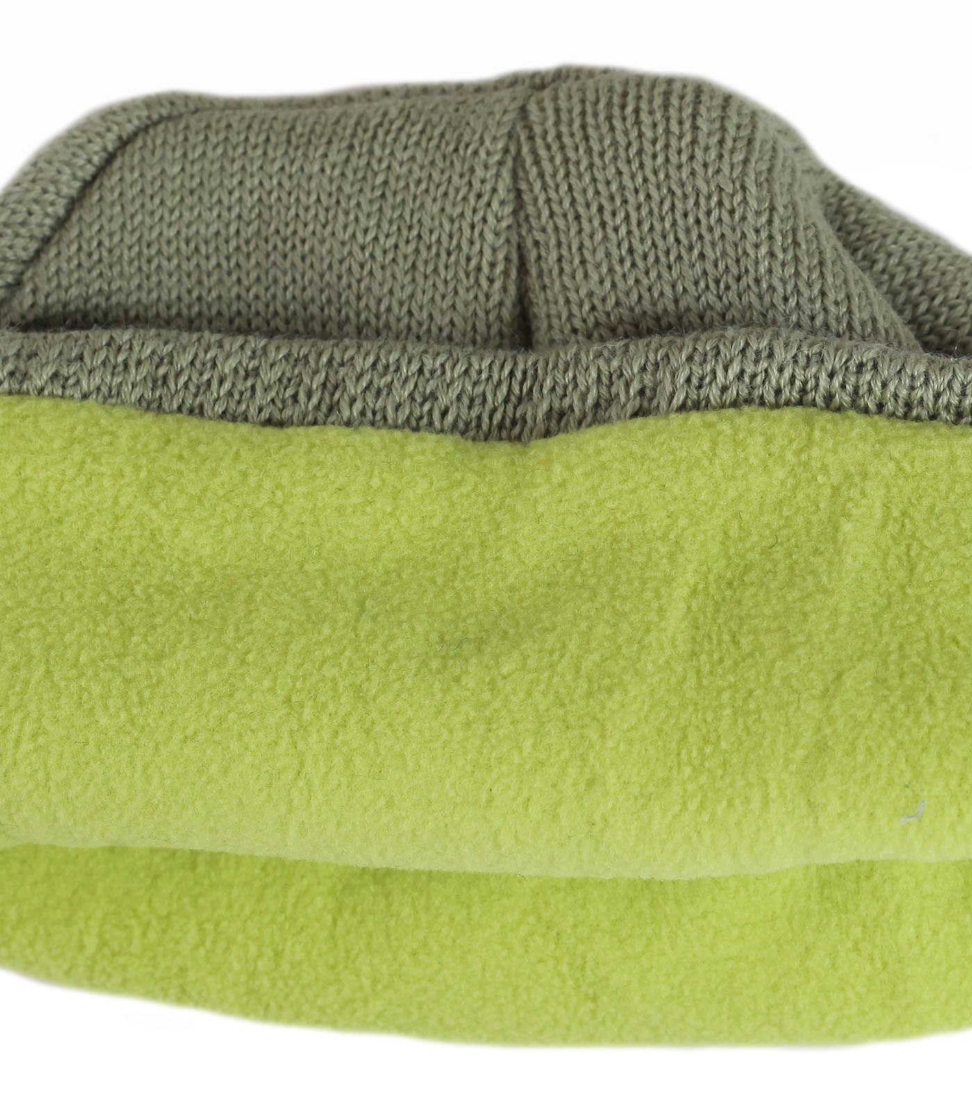 Купить симпатичную мужскую зимнюю шапку на флисе - основа комфортного базового гардероба по лучшей цене