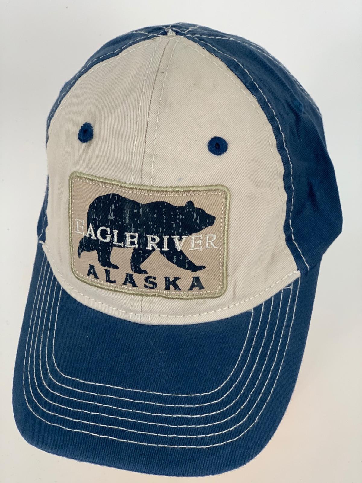 Сине-бежевая бейсболка с нашивкой Alaska