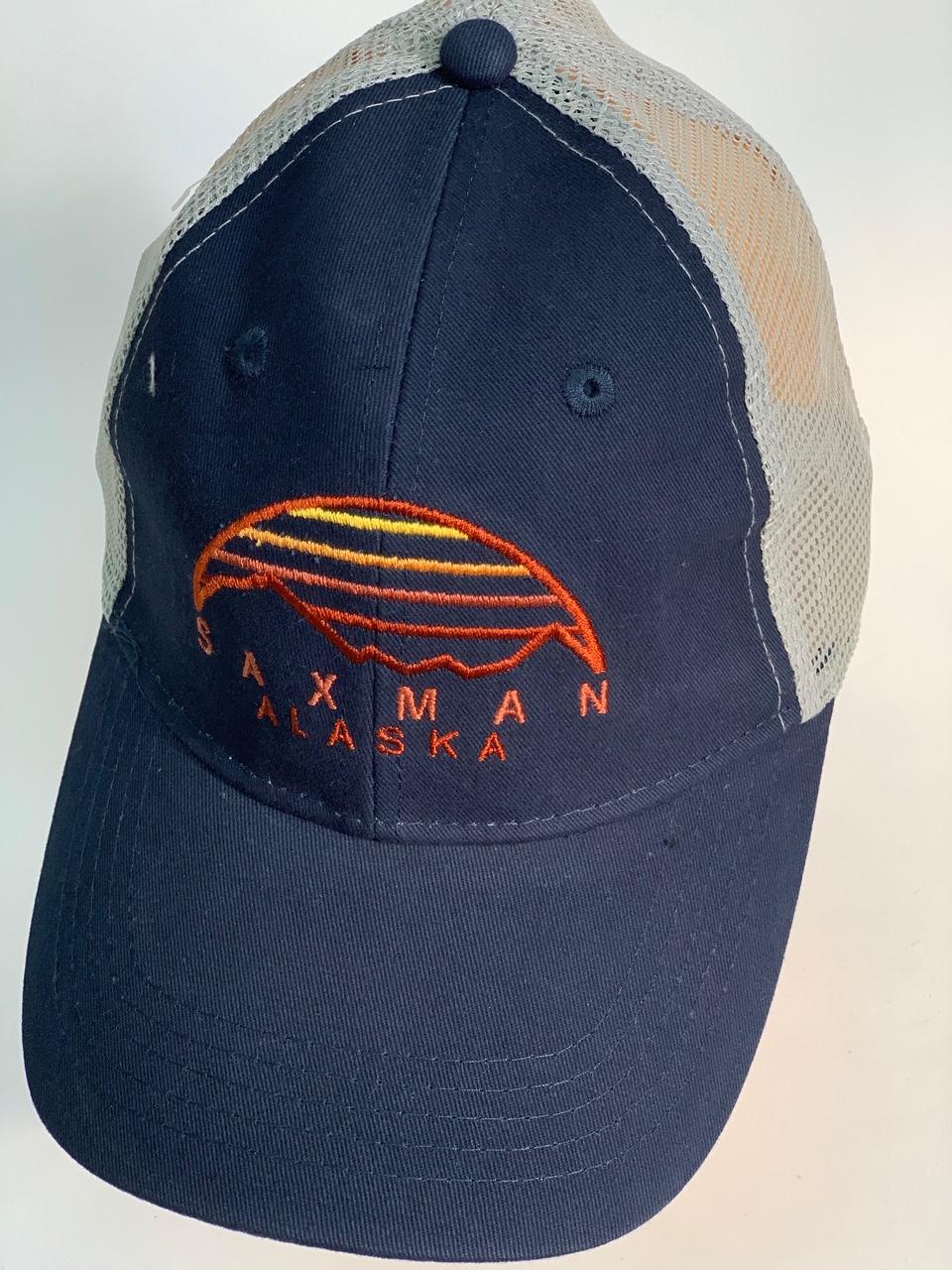 Синяя бейсболка Alaska с вышивкой на тулье и сеткой