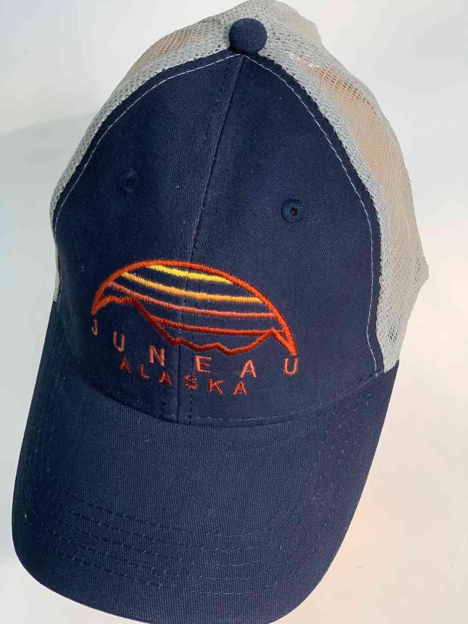 Синяя бейсболка с сеткой JUNEAU ALASKA