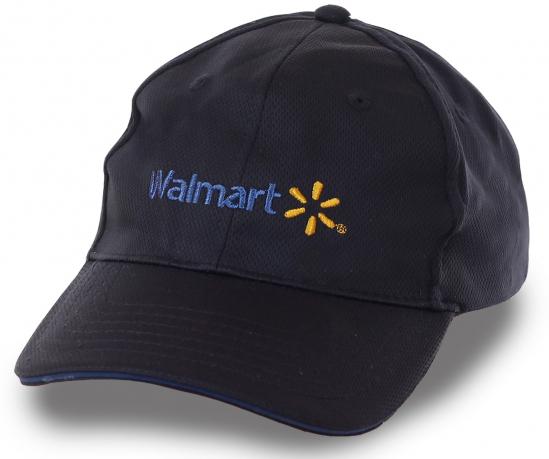 Синяя бейсболка с логотипом торгового гиганта Walmart