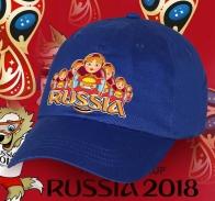 Синяя хлопковая бейсболка с воодушевляющей эмблемой «Russia» и Матрешками - символом богатства, плодородия и материнства. Успей приобрести