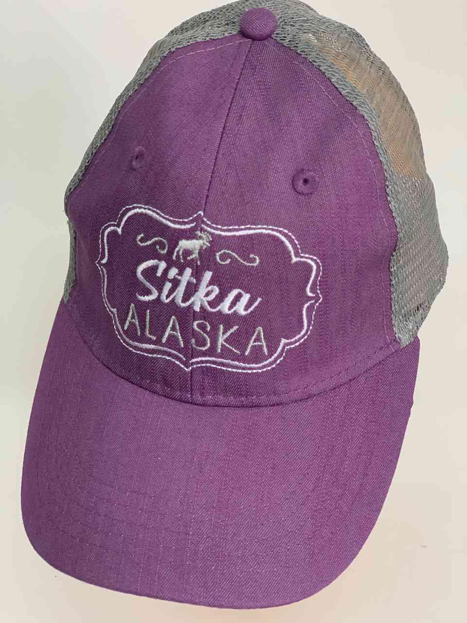 Сиреневая кепка с сеткой Sitka Alaska