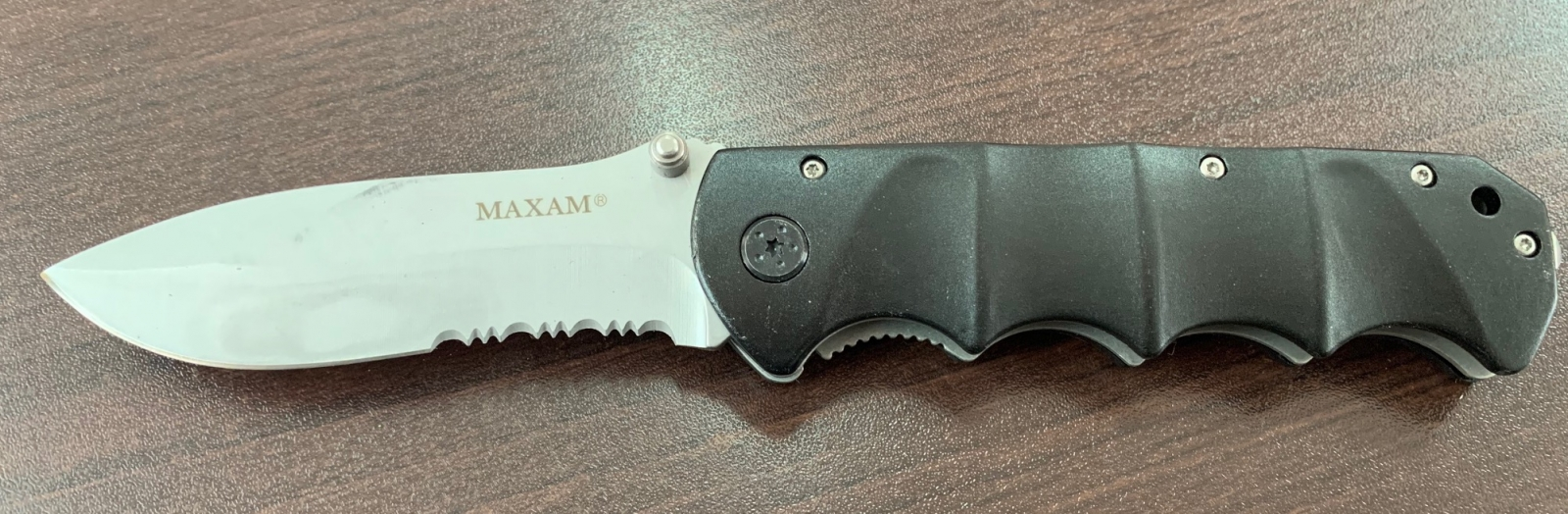 Складной нож Cold Steel со стропорезом и удобной рукояткой