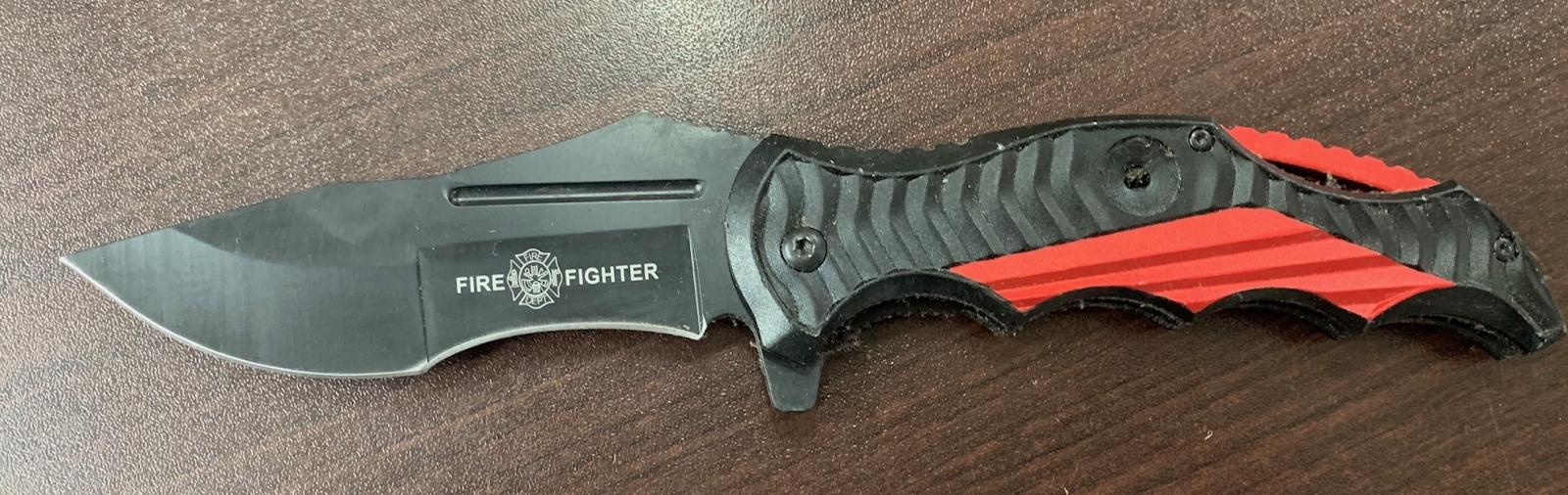 Складной нож Fire Fighter с красно-черной рукоятью