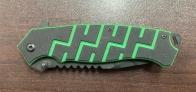 Складной нож с четно-зеленой рукояткой