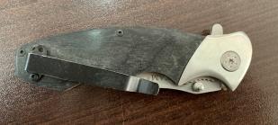 Складной нож с орлом на рукоятке