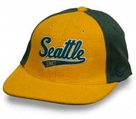 Брендовый снэпбэк в цветах баскетбольного клуба Seattle Sonics