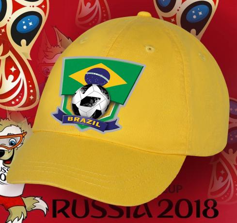 Солнечная фанатская бейсболка сборной Бразилии