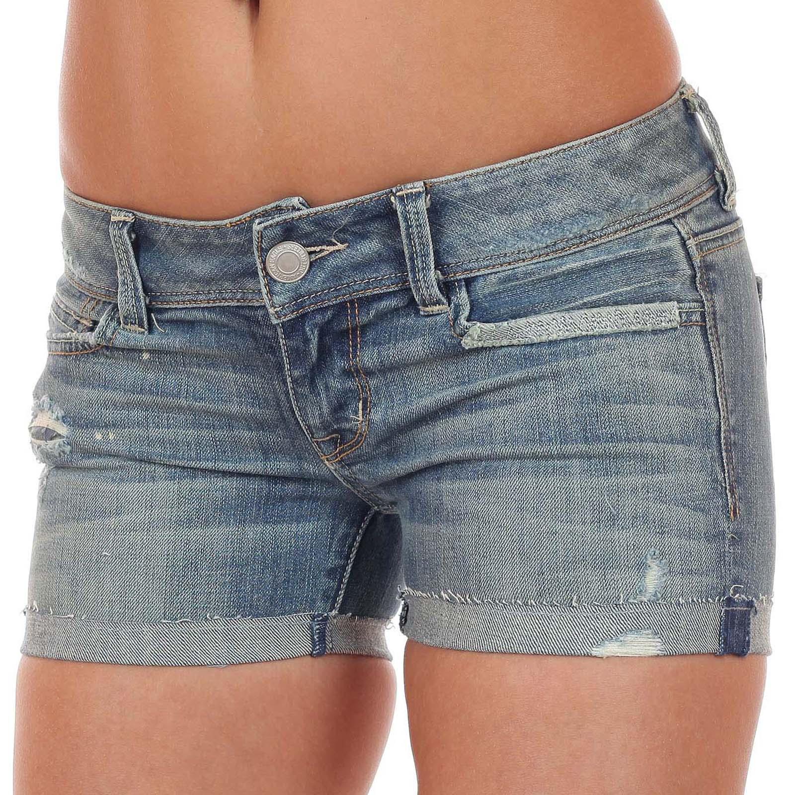 Купить летние рваные джинсовые шорты