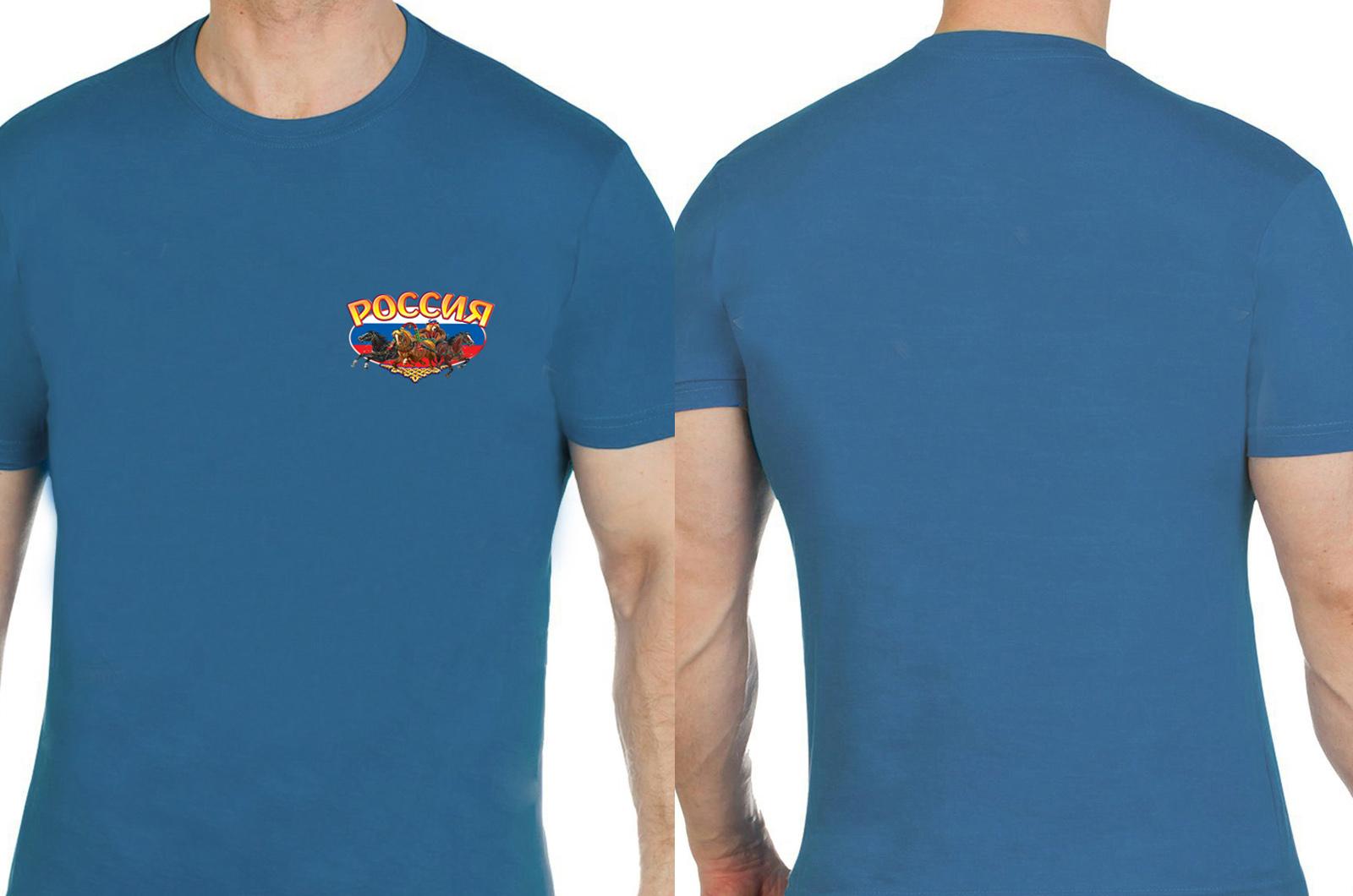 Современная футболка с яркой символикой «Тройка».