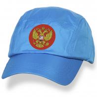 Спортивная бейсболка с шевроном РФ.