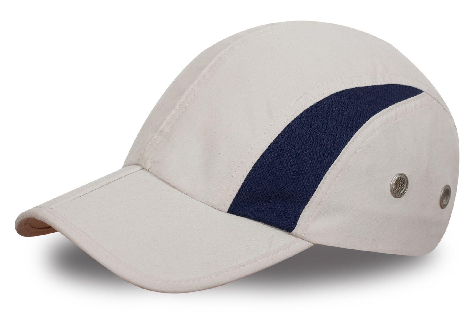 Спортивная кепка бежевая