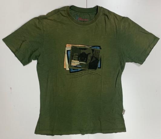 Спортивная мужская футболка с принтом
