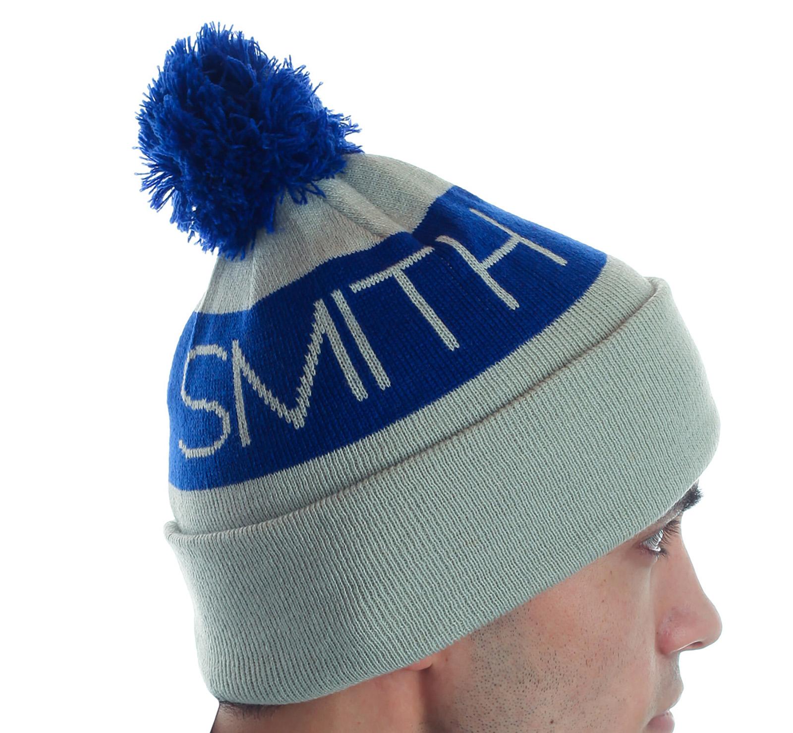 Заказать спортивную популярную шапку с бубоном практичный аксессуар по демократической цене