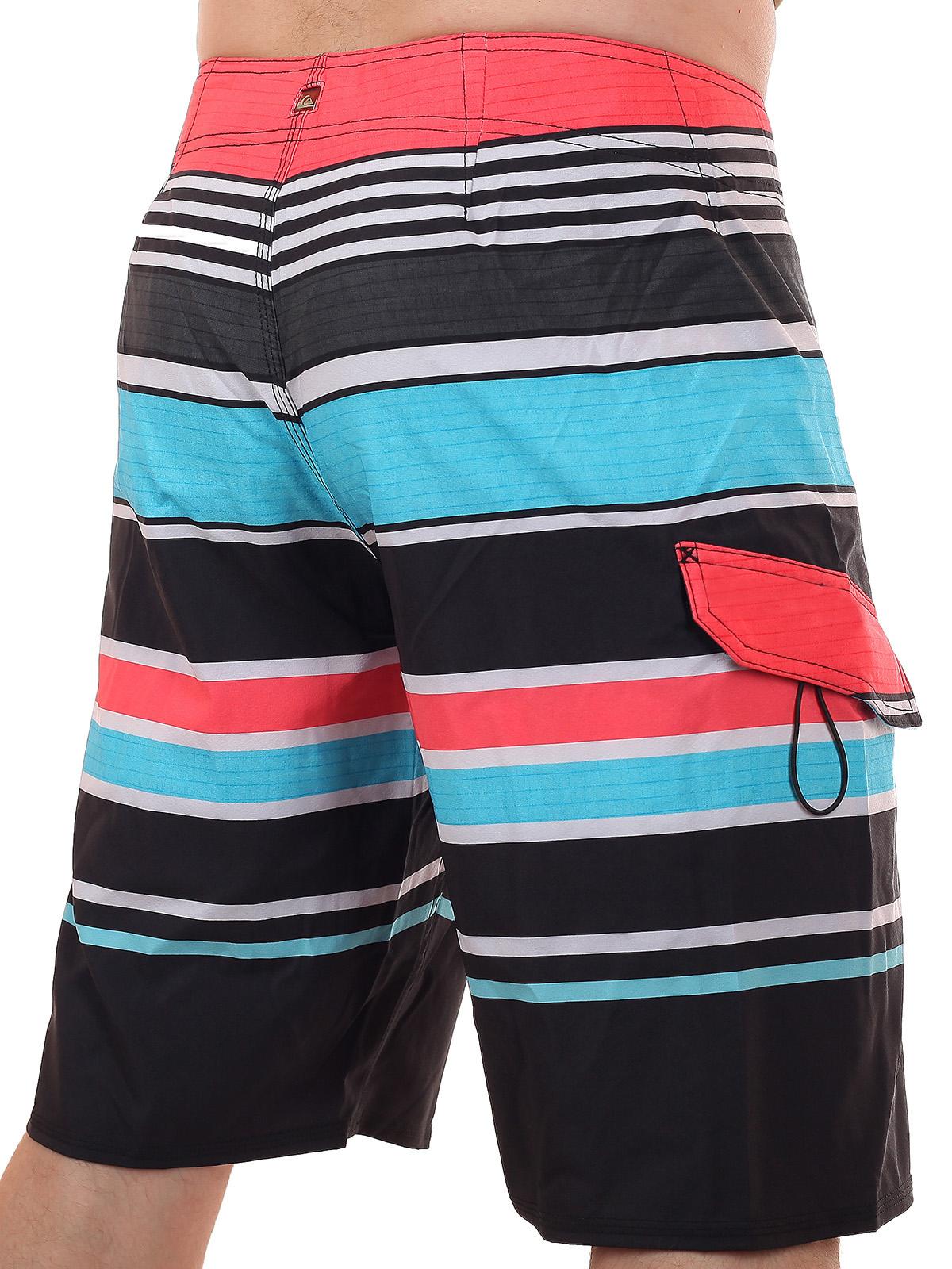 Недорогие спортивные шорты для плавания