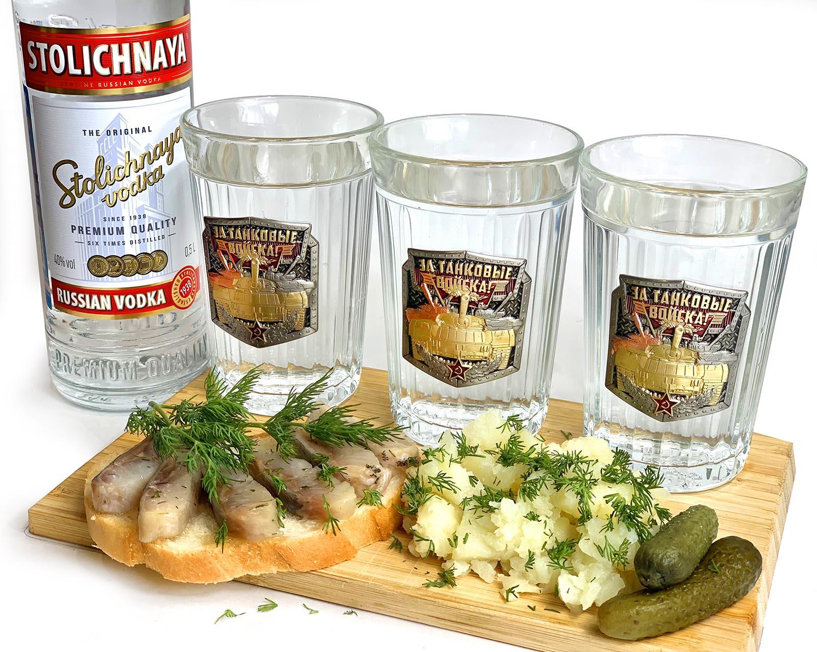 Купить подарочный набор стаканов для танкиста