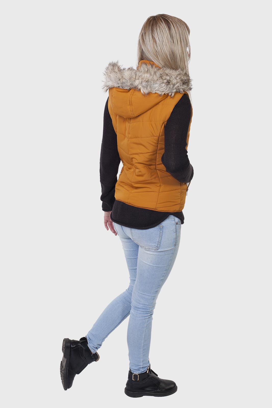 Стеганый женский жилет с капюшоном от Aeropostale (США) оптом в Военпро