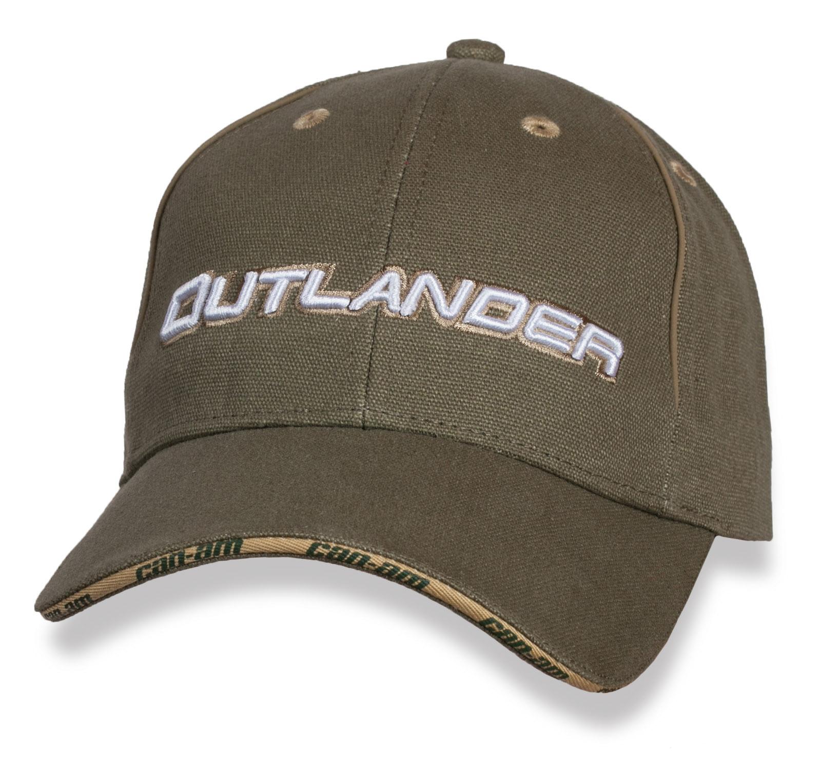 Стильная бейсболка Outlander.
