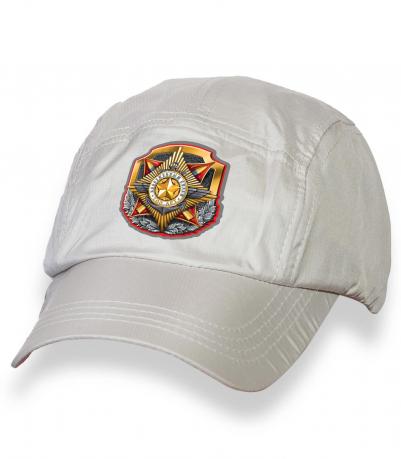 Стильная белая кепка с термотрансфером ВС РФ