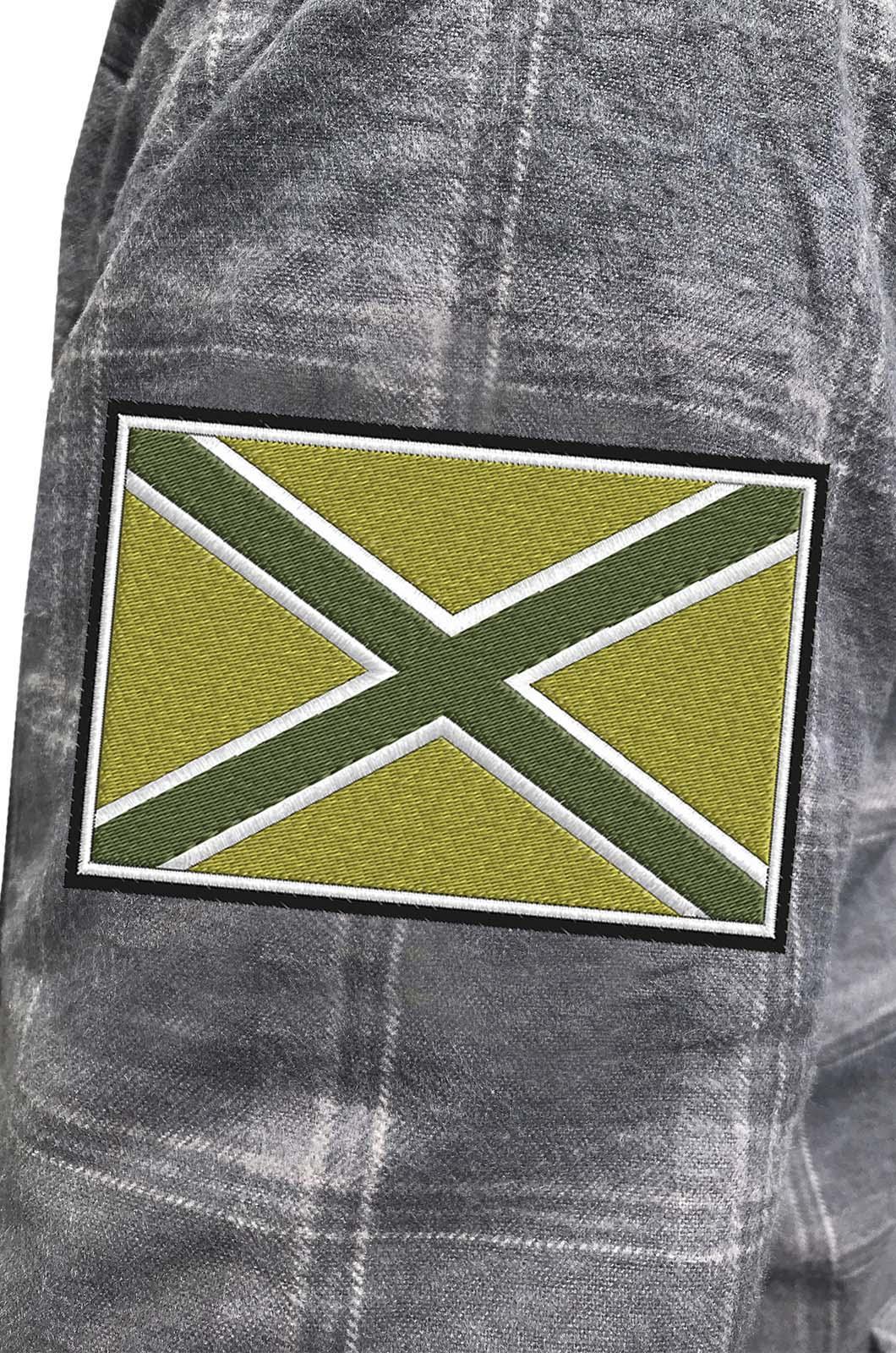 Стильная клетчатая рубашка с вышитым полевым шевроном Новороссия - купить с доставкой