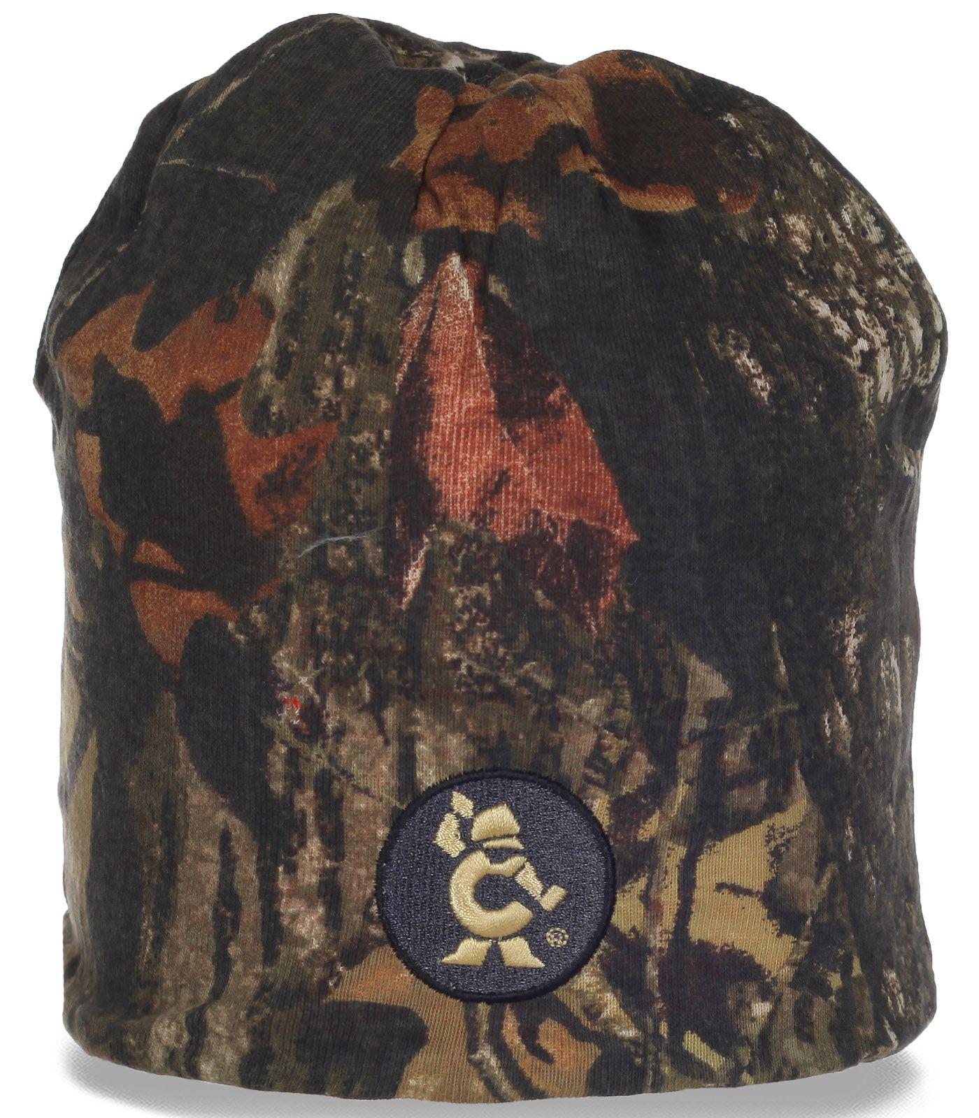 Стильная мужская шапочка для любителей активного отдыха