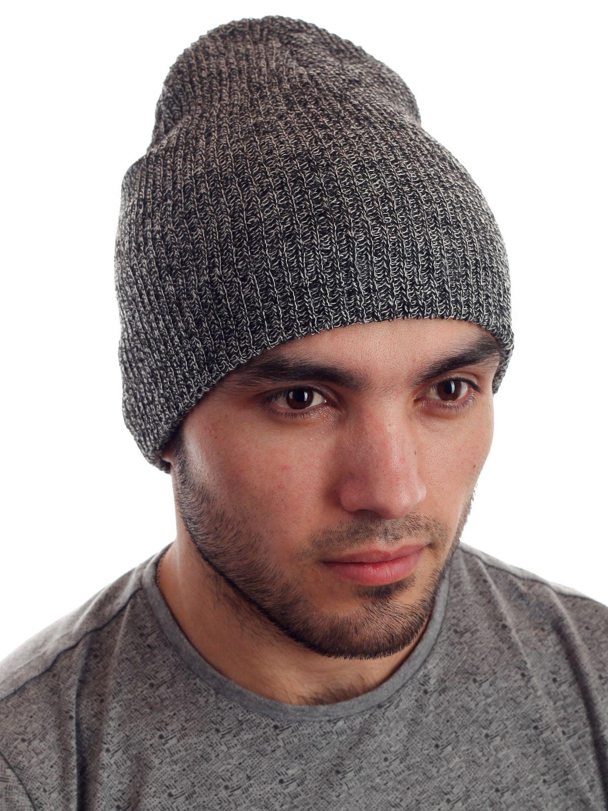 Стильная мужская вязаная шапка