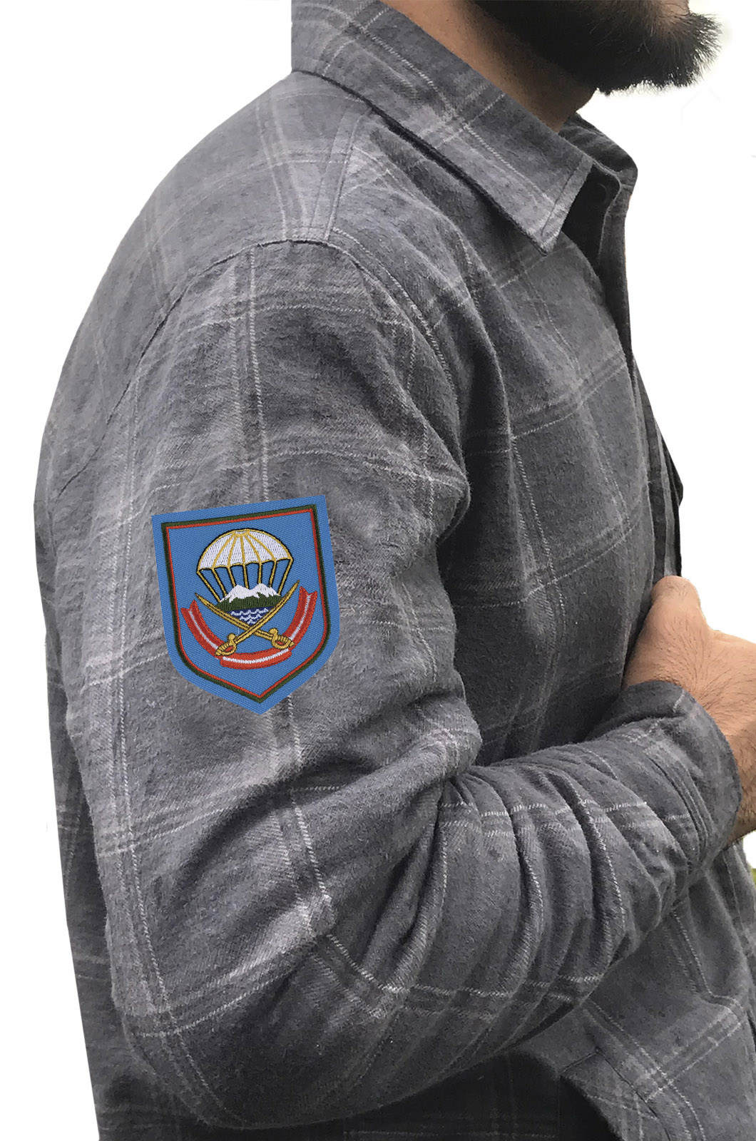 Стильная теплая рубашка с вышитым шевроном ВДВ 108 ДШП - купить выгодно
